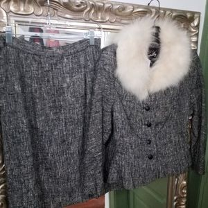 Size 6 Vintage Fur Trimmed Suit Tweed Pencil Skirt